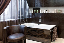 Best Luxury Bathrooms